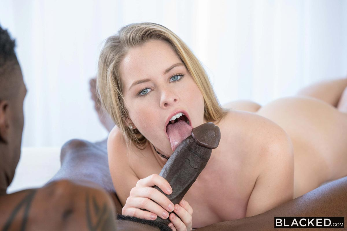 Girlfriend gets boned at home 8