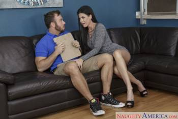 India Summer Seduced by a Cougar