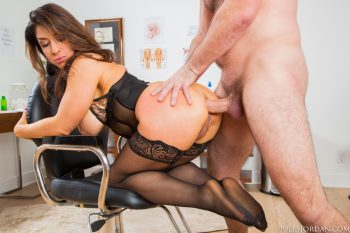 Raven Hart Porno